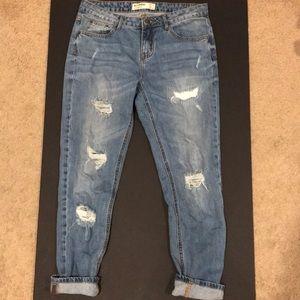 Boyfriend jeans (size 4)